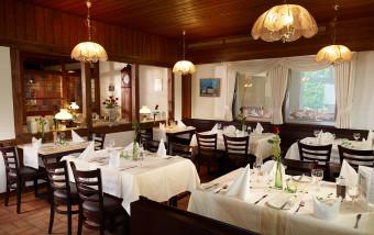 restaurant-luedenbach-gastraum-essen