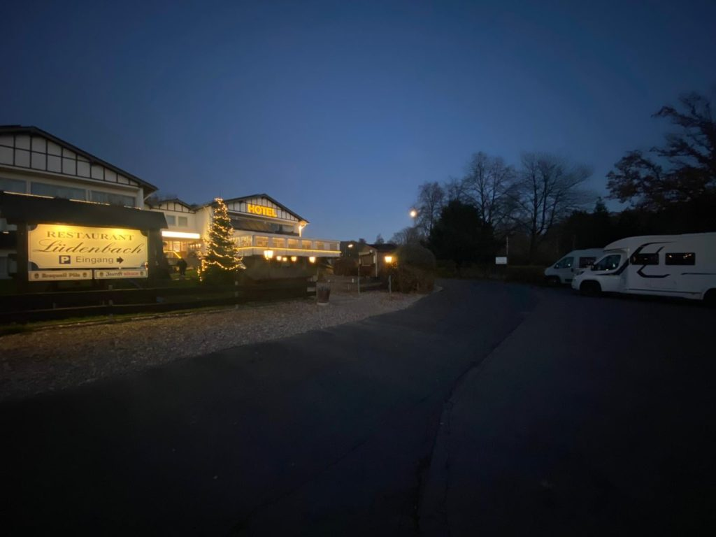 Hotel Restaurant Womo Dinner Wohnmobil Luedenbach Overath Bergisches Land Koeln Bonn