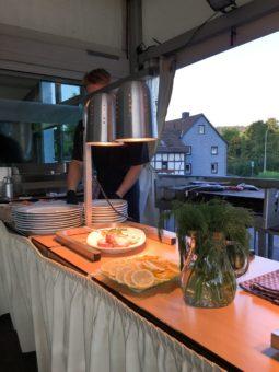 luedenbach-fischessen-Fishermans-Friday-6_thumb