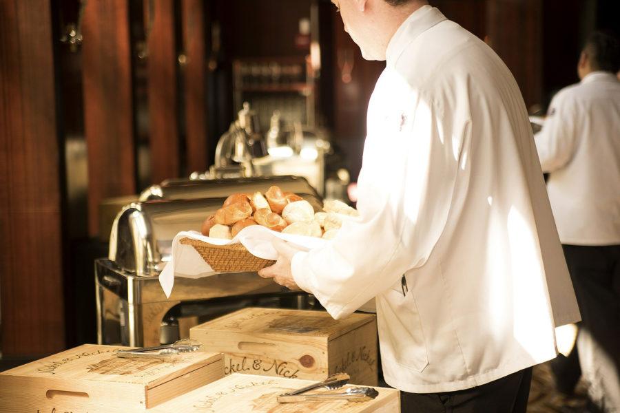 Frühstückskraft (m/w) gesucht – 5 Tage Woche auch Wochenenddienst