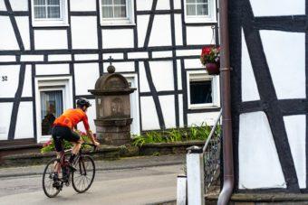 Rennrad Fahren Bergisches Land Luedenbach Restaurant Hotel Rennrad Tour Oberberg 5
