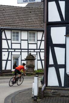 Rennrad Fahren Bergisches Land Luedenbach Restaurant Hotel Rennrad Tour Oberberg 6