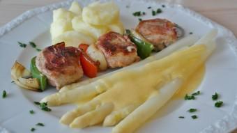 spargel-gericht-restaurant-overath-essen-gehen